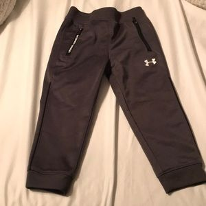 Worn once!! Under Armour 2T pants!!